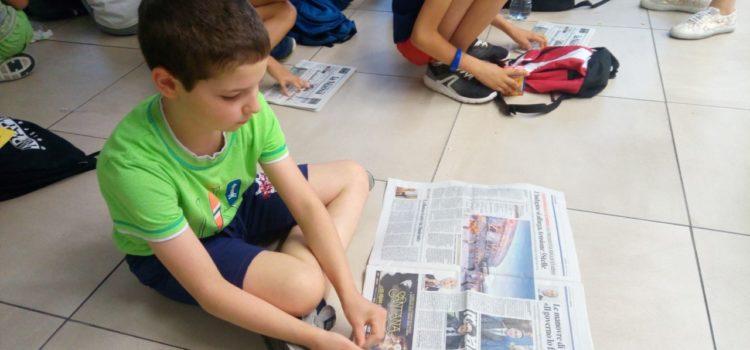 Unschooler impegnati in momenti di condivisione con la scuola